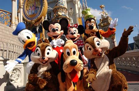 Los parques temáticos Disney levantan pasiones entre pequeños y mayores