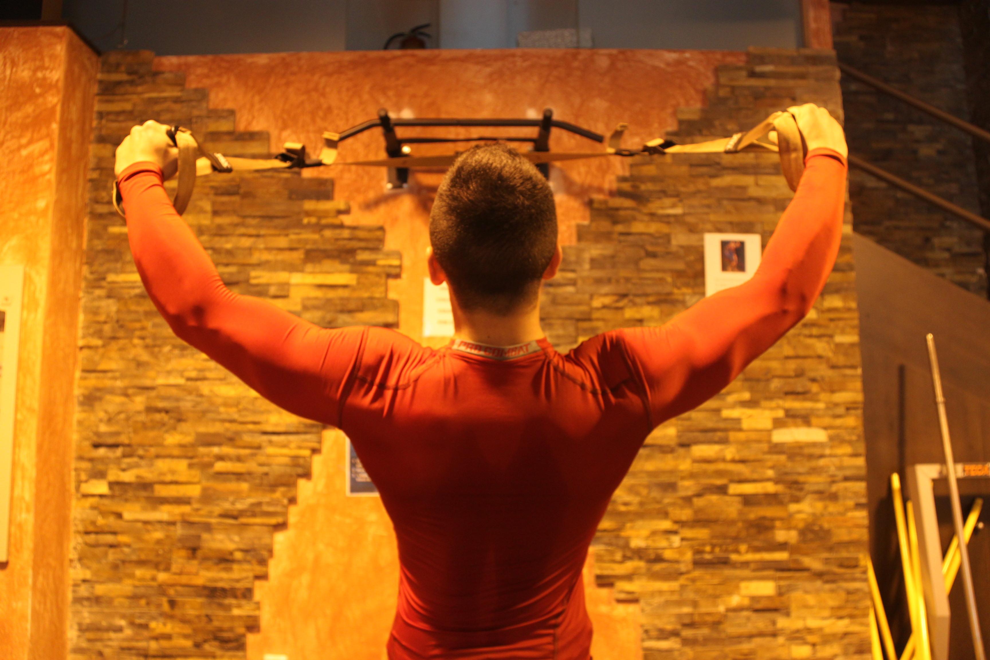 """El equipo de fitness de CZ se desplazó hasta el gimnasio Vital Form para probar el novedoso 'air training' """""""
