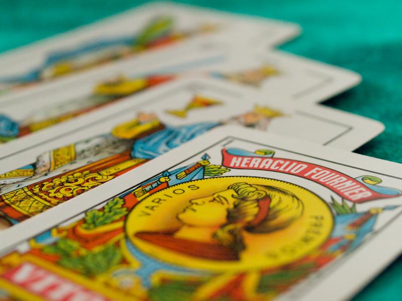 uno de los juegos más populares de la baraja española. Procedente de