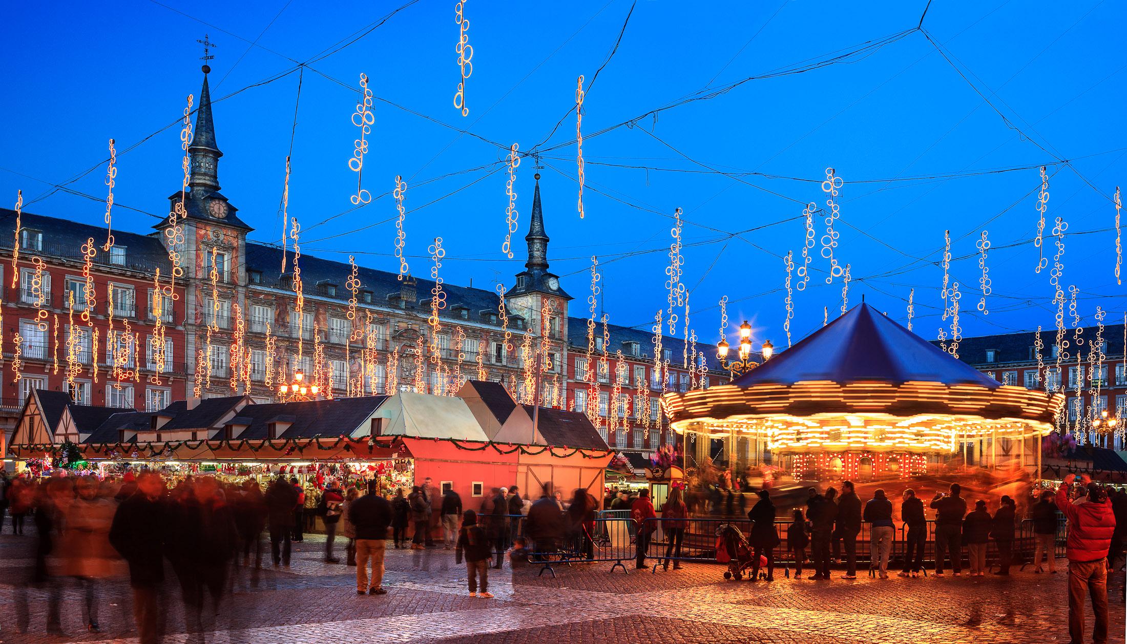 Planes para disfrutar de madrid en navidad columnazero - Iluminacion de navidad ...
