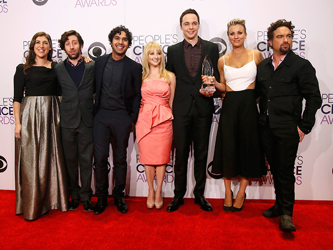 POLICÍAS, MÉDICOS Y FREAKS, LOS GRANDES VENCEDORES DE LOS PEOPLE´S CHOICE AWARDS 2015