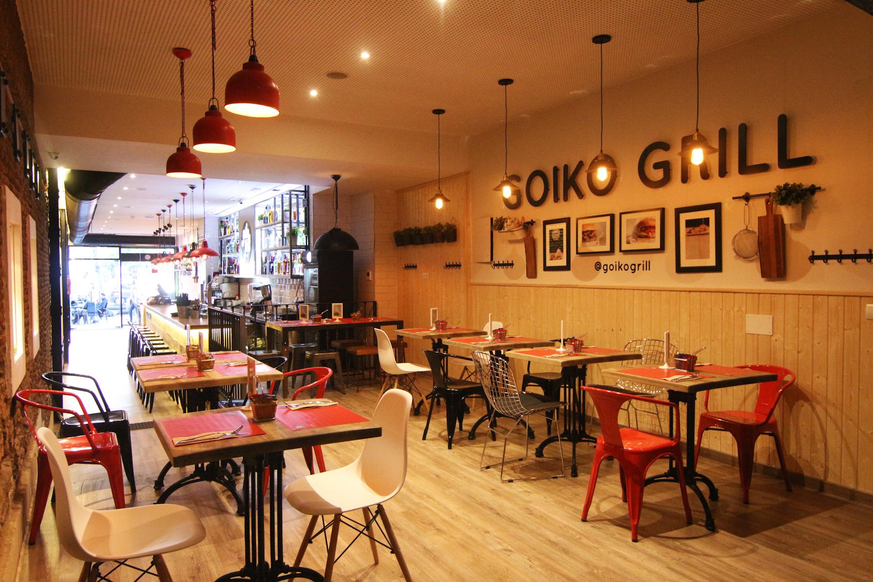 Goiko grill madrid en 16 hamburguesas columnazero for Calle prado 9 madrid