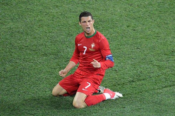 Cristiano puede ser el jugador con más partidos y el mayor goleador histórico de la Euro (Foto- Twitter.com_UEFAEuro)